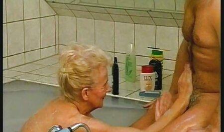 Gỗ mun Babe quấn cô ấy pim sec hoang thuy linh môi xung quanh stud's nhói vòi nước